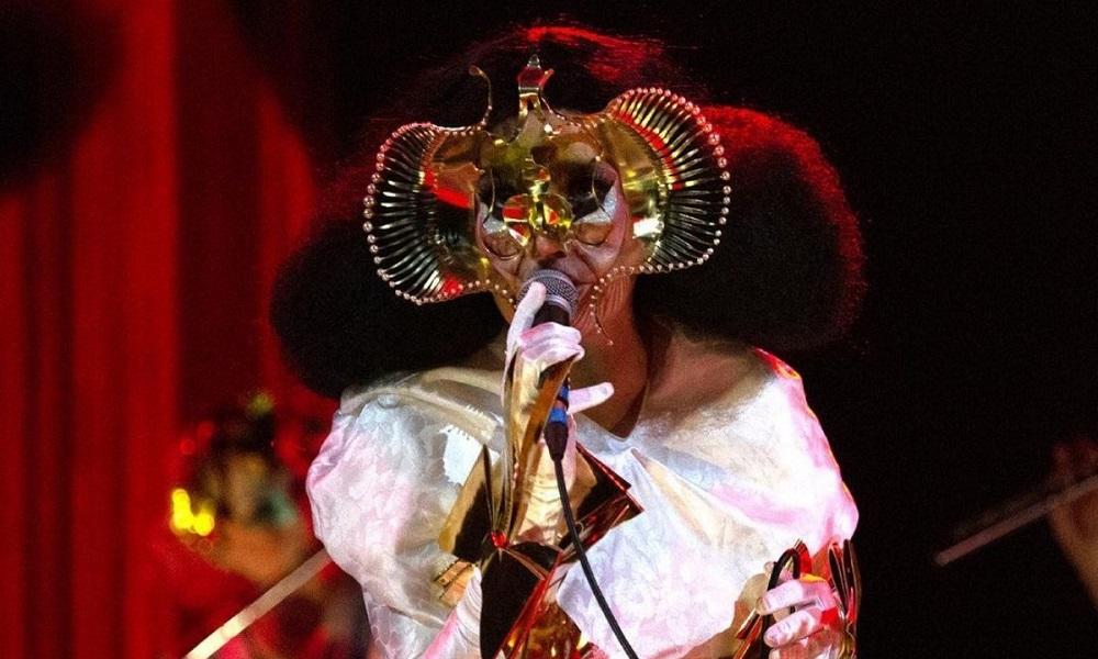 Björk_Sonnets_01
