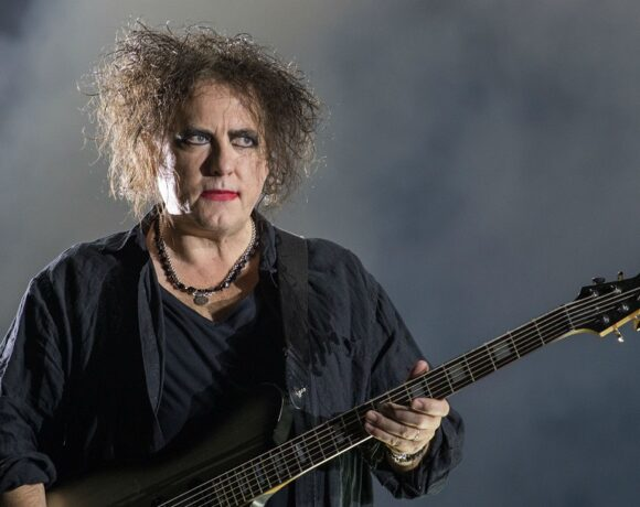 RobertSmith_TheCure_01
