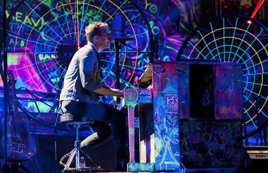 ChrisMartin_Coldplay_01