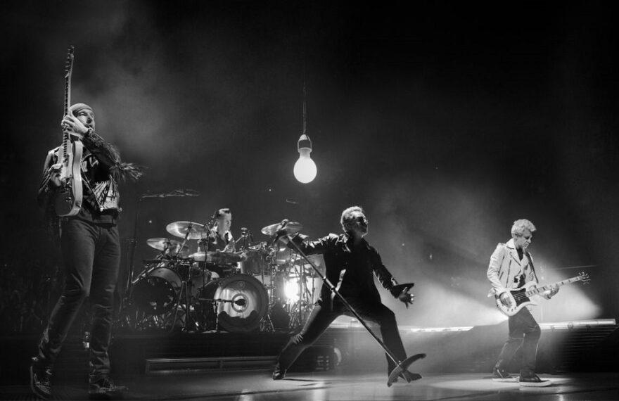 U2_TheVirtualRoad_01